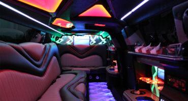 Chrysler-300-limo-rental-Worcester