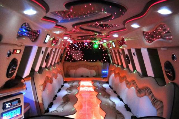 Escalade-limo-services-Cumberland Hill