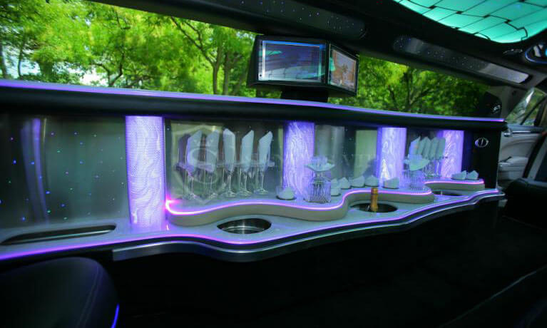 Chrysler 300 Limo Interior 1